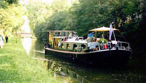 barging on french waterways with the MS |V|E|R|T|R|O|U|W|E|N|